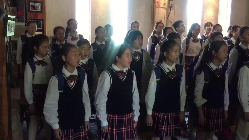 郑州市二七区政通路小学正乐合唱团演唱歌曲《泥咕咕》